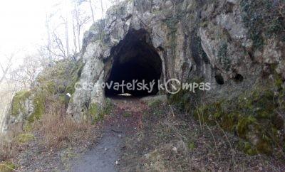 Jaskyňa Čertova pec, či jaskynné sídlisko lovcov z doby kamennej? Považský Inovec, Piešťany